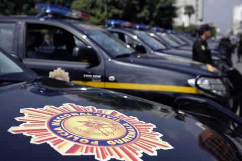 Ataque contra PNC: lanzan granada que deja a dos policías heridos