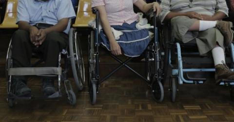 Condenan a hombre que usó a persona con discapacidad para pedir dinero