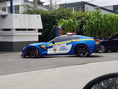 Lujoso Corvette de un narco es ahora patrulla de la PNC