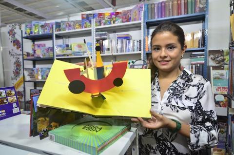 Conoce cinco libros raros que solo hallarás en Filgua