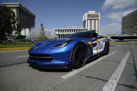 Así es el lujoso Corvette que ahora patrullará las calles del país