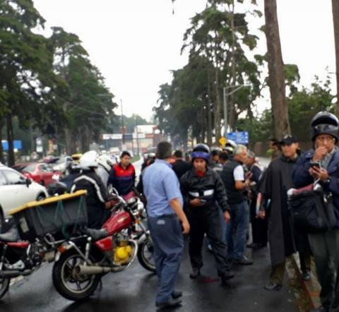 #TráficoGT Intento de robo provoca balacera en carretera a El Salvador