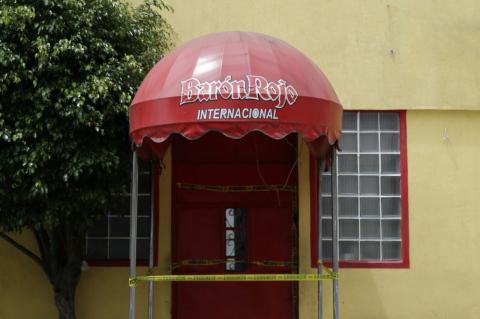 PNC clausura centro nocturno El Barón Rojo