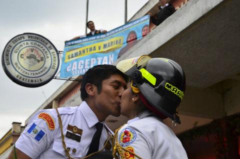 La historia de amor en la estación de bomberos de Quetzaltenango