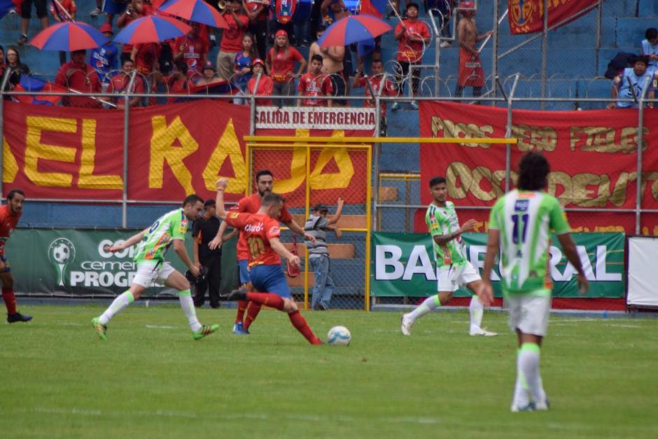 Detalles del partido entre Municipal y Antigua con Del Piero y Salgado