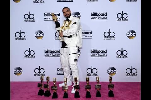 Drake, el ganador de la noche de los Billboard Music Awards 2017