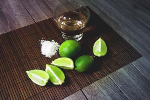 La saludable virtud que esconden el tequila y el mezcal según estudio