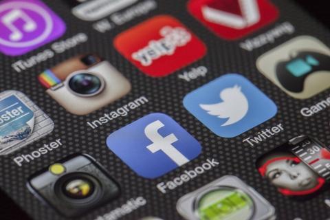 Cosas que por ningún motivo deberías publicar en tus redes sociales