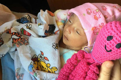 Un pulpo puede ayudar a un niño prematuro