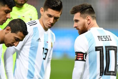Messi habría recibido soborno para jugar con la selección argentina