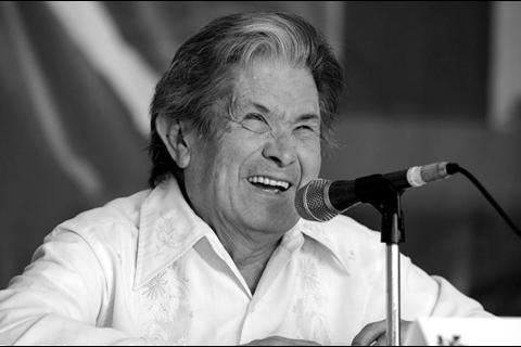 """Fallece el escritor guatemalteco Mario René """"El Choco"""" Matute"""