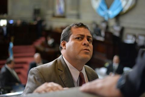 Junta Directiva niega permiso a diputado de FCN: quería faltar un mes