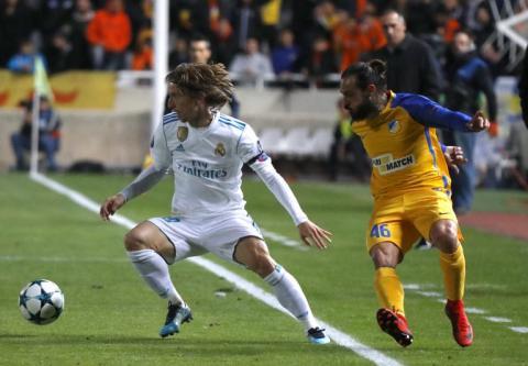 Golazo de Modric pone a ganar al Real Madrid