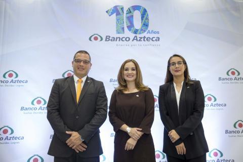 ¡Los 10 años de Banco Azteca están cargados de premios!