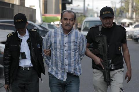 Jorge Ramón Aparicio, primo de Sinibaldi, llegó a Tribunales