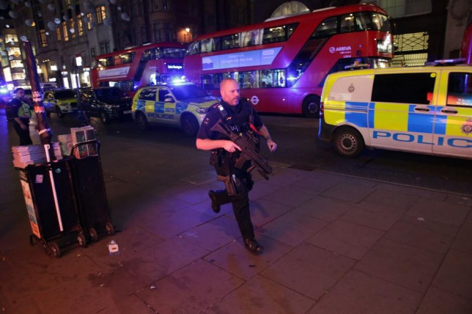 Pánico en Londres: evacuan estación del tren por posible atentado