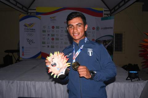 David Hernández: el 502 que le ganó al campeón del mundo