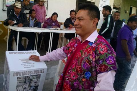Alcalde mexicano da discurso totalmente borracho en evento deportivo