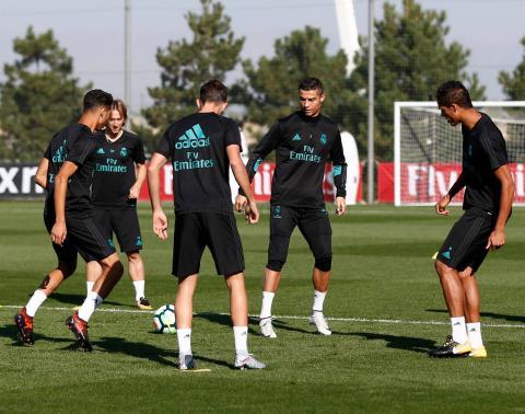 Cristiano Ronaldo hace un humillante túnel a este jugador del Madrid