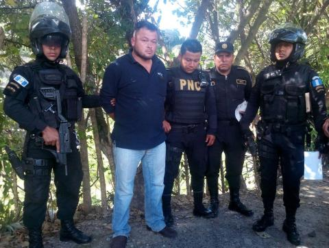 Capturan a dos presuntos narcotraficantes con órdenes de extradición