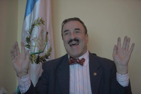 Linares Beltranena quiere eliminar los finiquitos para las elecciones
