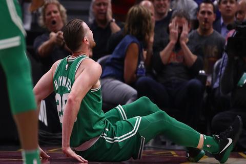 NBA: así fue la espeluznante lesión de Gordon Hayward, de los Celtics