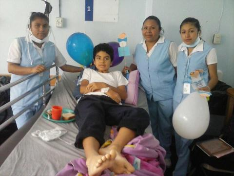 Jorge Ernesto lleva 40 días en el hospital y aún necesita ayuda