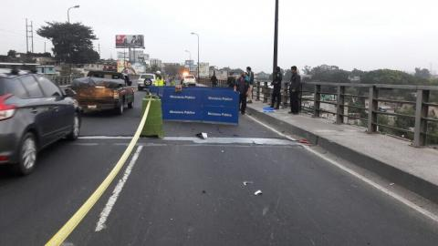 Dos motoristas mueren en accidentes de tránsito durante la madrugada