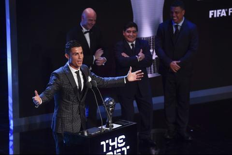 Cristiano Ronaldo gana el premio The Best y agradece a Messi y Neymar