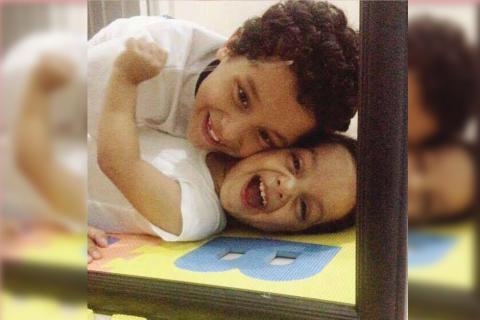 La sonrisa de Dylan, el mejor motor para seguir luchando por su salud