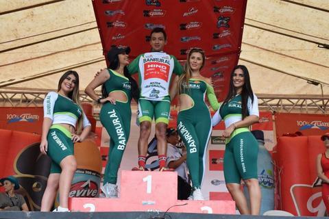 Vuelta Ciclística: el mejor recibe un premio especial