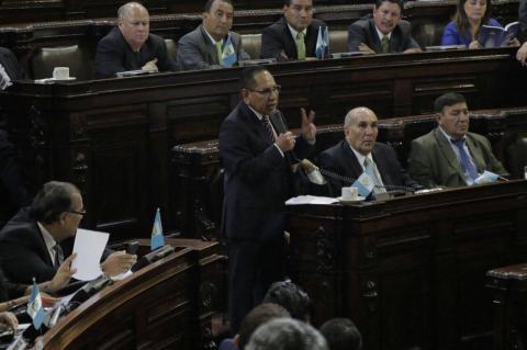 Diputados dan marcha atrás con leyes proimpunidad