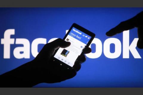 El memorando filtrado que aumenta la polémica sobre Facebook
