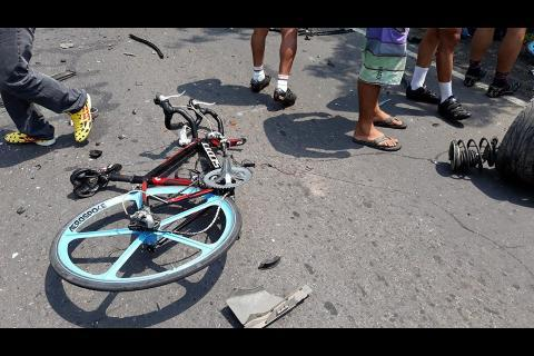 Fedeciclismo recolecta ayuda para familia de ciclista fallecido