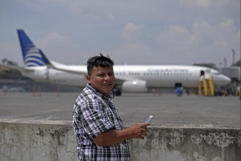 Video: el emotivo recorrido de Pedro Perebal por el aeropuerto