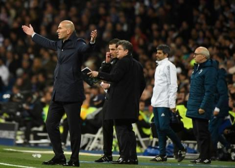 """Zidane: """"Estoy indignado con la gente que habla de robo"""""""