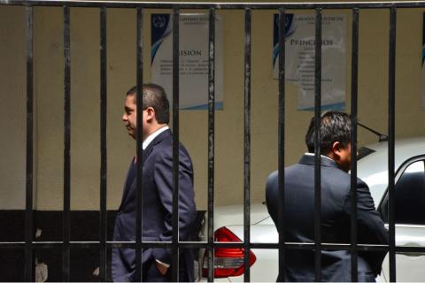 Hombres armados atracaron casa de JC Monzón en busca de caletas