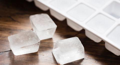 ¿Sabes cómo hacer cubitos de hielo? Podrías estar equivocado