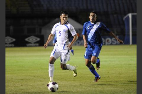 FIFA multa a la Fedefut por un partido de la Selección