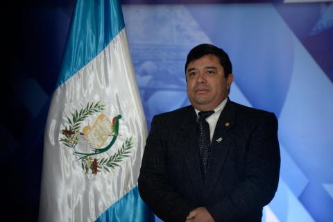 Jimmy pide la renuncia al ministro de Desarrollo, René Obregón