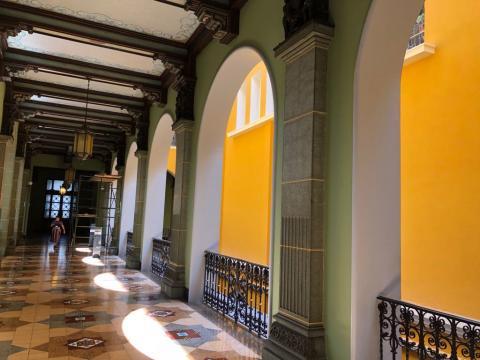 El porqué del inusual color en algunas paredes del Palacio Nacional