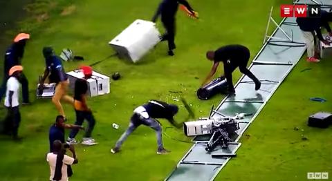Violencia en el fútbol: fanáticos enloquecen tras derrota de su equipo