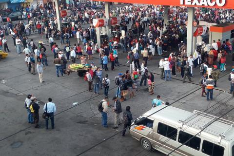 Codeca inicia marcha y paraliza el tránsito en la ciudad