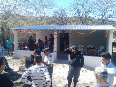Así es la casa que construyó la PNC a humilde familia en Jutiapa