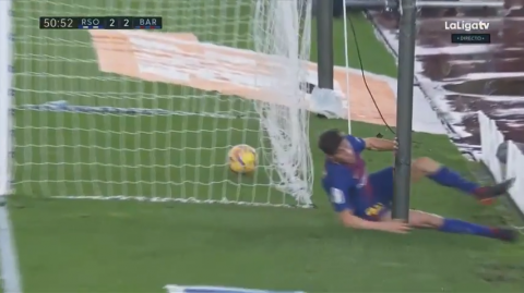 Sergi Roberto casi se lesiona tras un gol de Luis Suárez