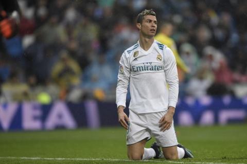 Real Madrid, más cerca del descenso que de la cima de La Liga