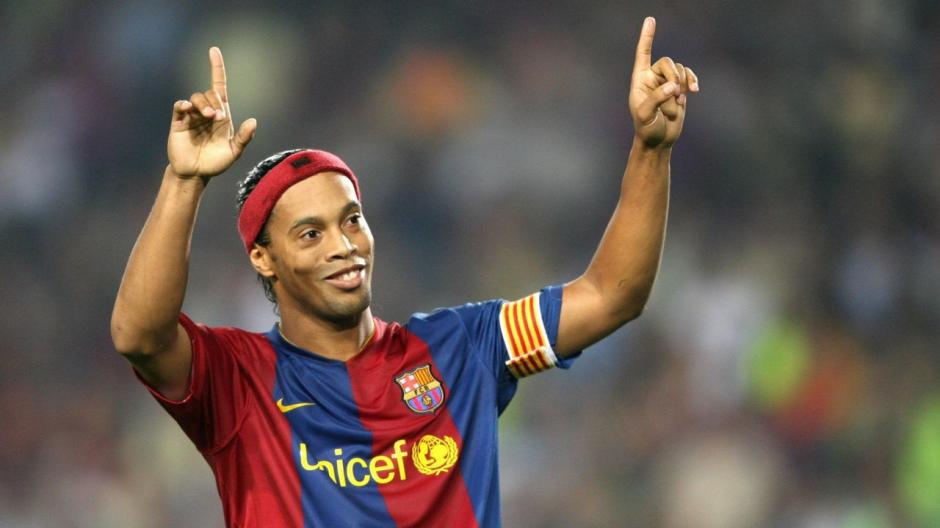 "Ronaldinho: ""Fui feliz haciendo de este deporte mi vida y profesión"""