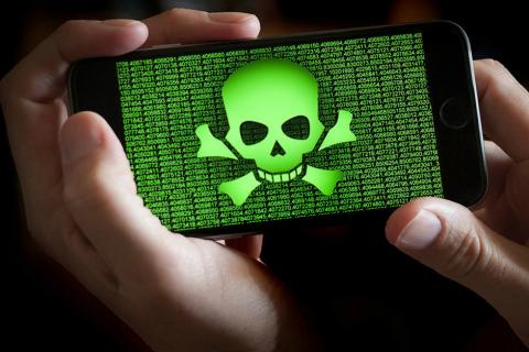 Descubren un potente virus que puede leer tus mensajes de WhatsApp