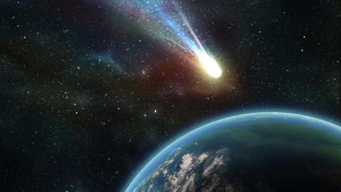 """Detectan un asteroide unas horas antes de """"rozar"""" la Tierra"""