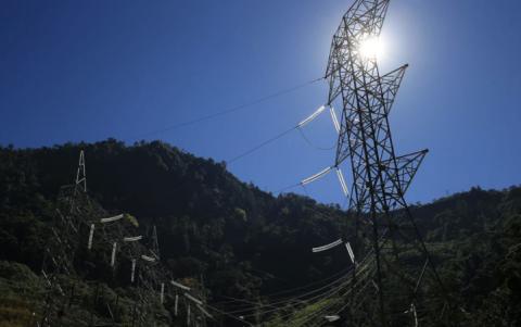 Presentan plan para reducir los costos de energía en Guatemala